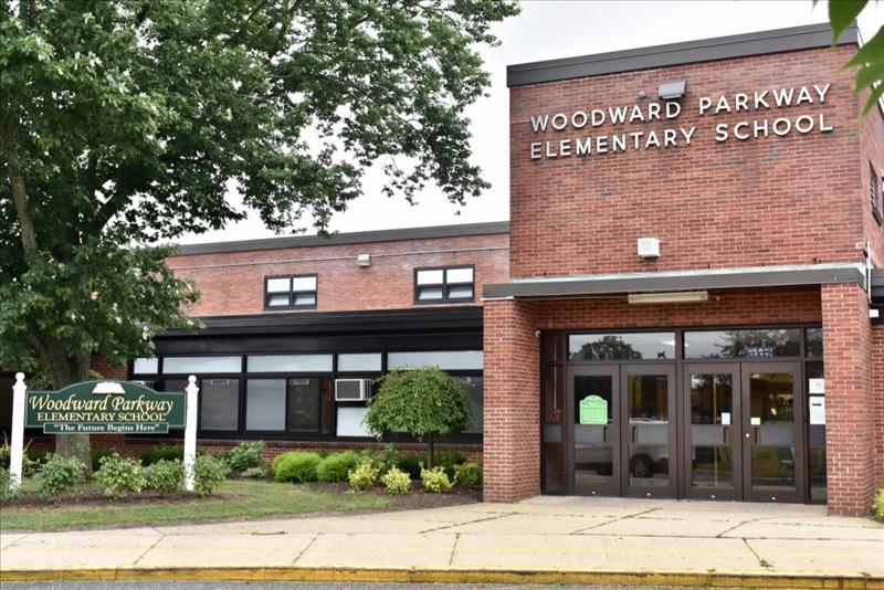 Woodward Parkway School building